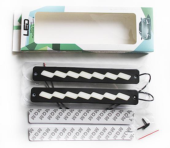Дневные ходовые огни 7 COB 12v 3,5 w прямоуг белый диод корпус резина (230*6*30) мм GL4022